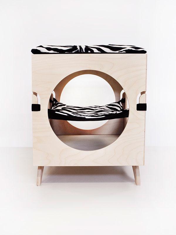 Cuccia Design 1963 laterale