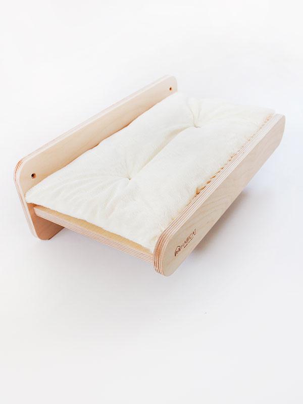 Parete attrezzata per gatti habicat mensola in legno for Parete attrezzata gatti